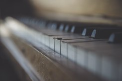 piano ryan-holloway-168925