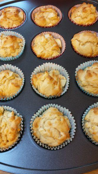 apple muffins 3